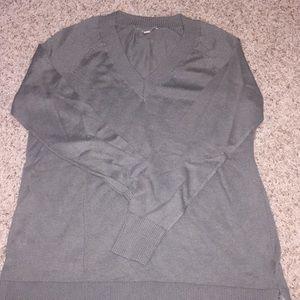 BR grey sweater